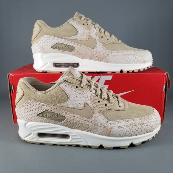 huge selection of 0939b b1cfb Nike Air Max 90 PRM Women s Shoes Snake Print 8.5